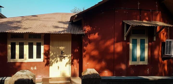 Abhiraj Cottage