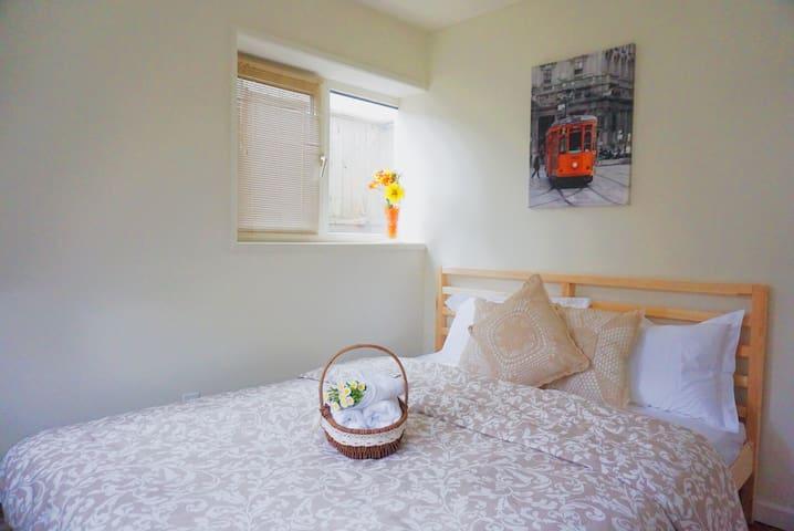 ❤️MC09 Vancouver McBain Home Hotel