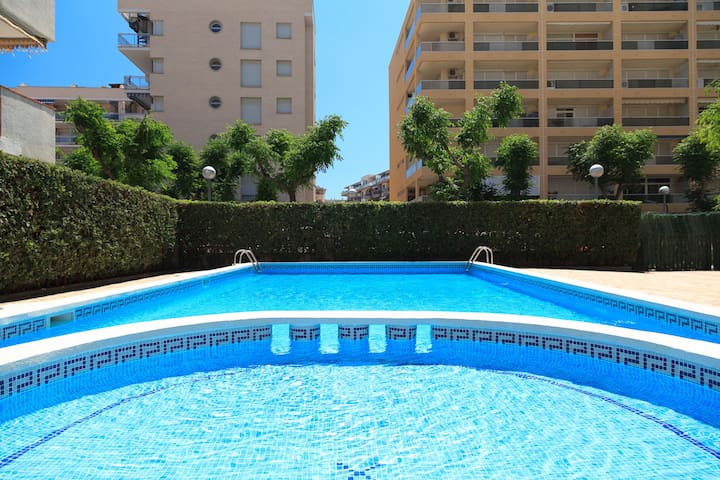 Apartment with Pool & Free WiFi UHC RESIDENCIAL 5 VILLAS