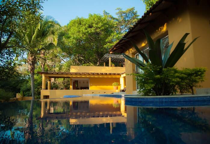 Casa en la Selva Del Nayar, Chacala - Nayarit - Ev