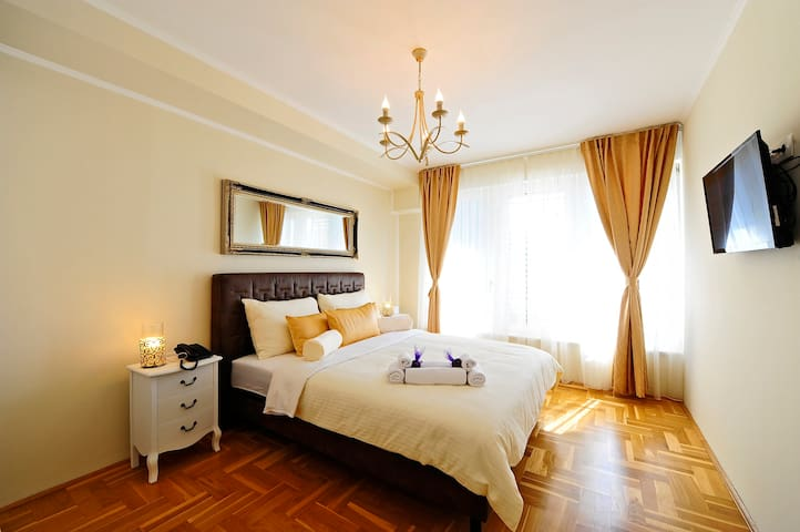Avantgarde Boutique Hotel (Room 1)