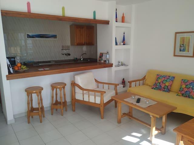 Apartamento casa Esther. Sol, playa y relax.