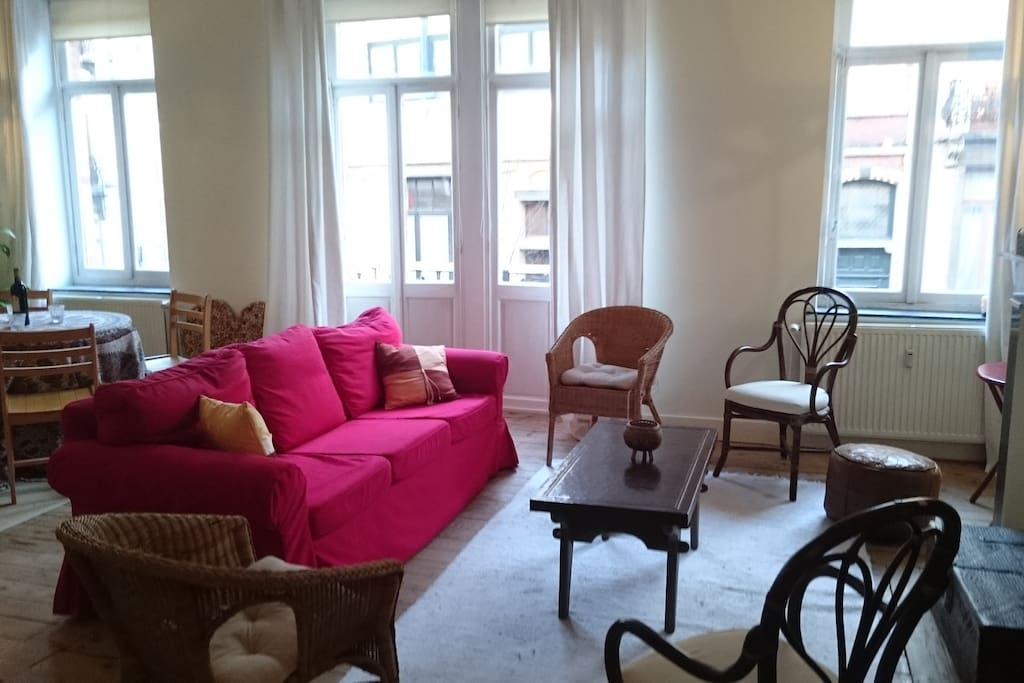big living + dining room