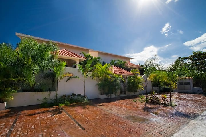 Extraordinario Apartamento en Rivera Maya - Puerto Aventuras - Apartemen