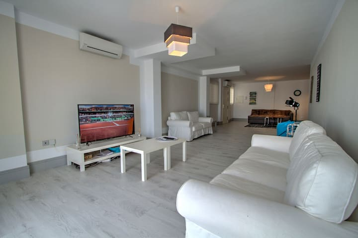 Two bedrooms vacation apartment for rent in Jardines de Andalucia, Marbella, Spain