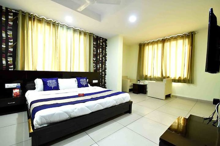 Stay like home in business hotel ,comfort stay