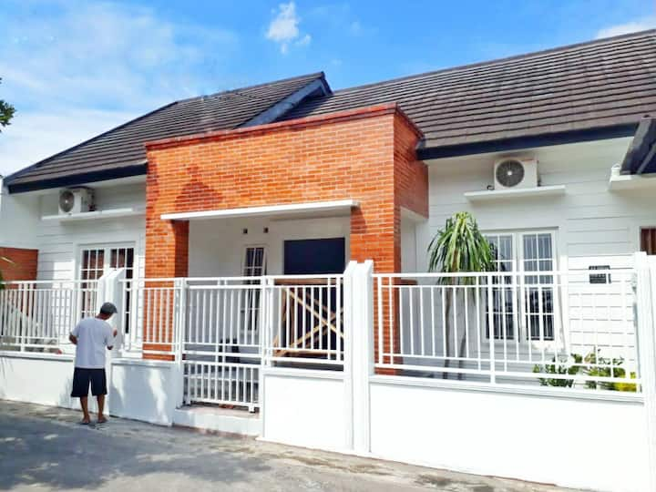 Wian homestay jogja  (clean,beauty n homey)
