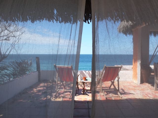 Romantic Remote Eco Beach Ocean View Palapa
