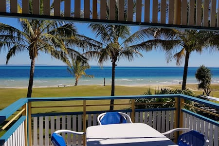 Tangalooma Beachfront Villa 44 - Air Conditioned