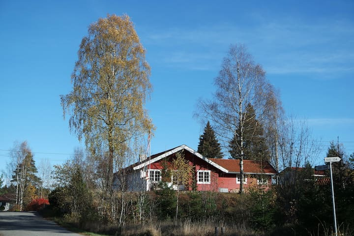 Skjønhaug, Åssiden 136, Trøgstad - Trøgstad  - Byt