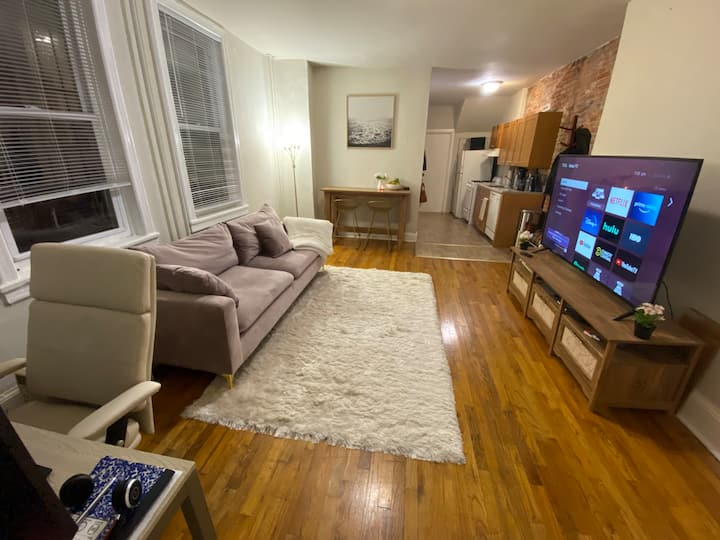 Cozy, Beautifully-Furnished 1BR, Private Backyard