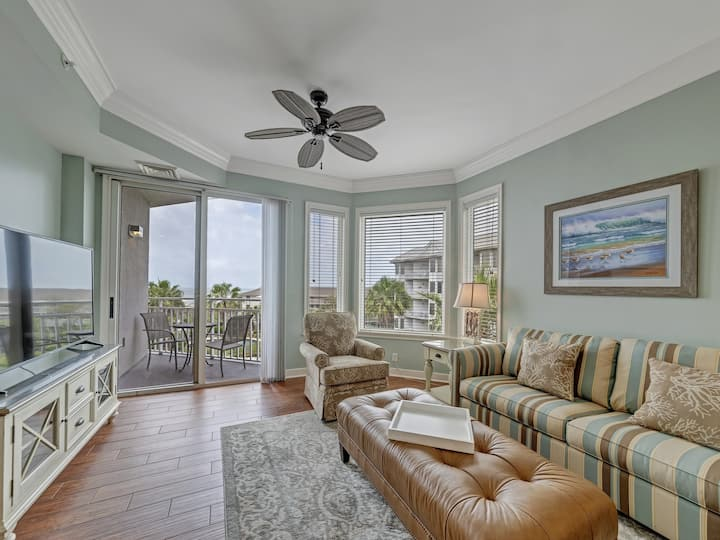 2404 Sea Crest Resort - Just Steps from the Beach!