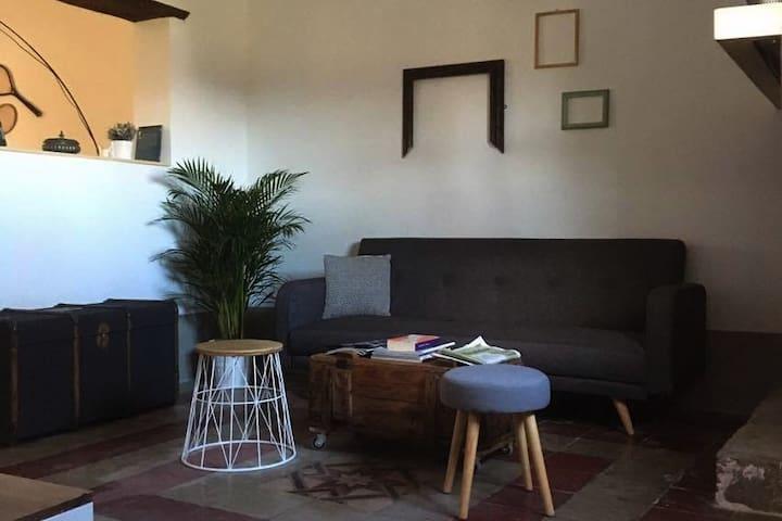 Casa in campagna indipendente,su 2 livelli, 160 mq - Tollo - House