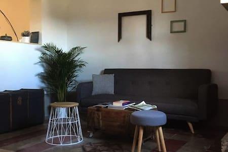 Casa in campagna indipendente,su 2 livelli, 160 mq - Tollo
