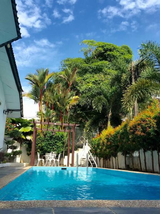 City Garden House Johor Bahru Villas For Rent In Johor