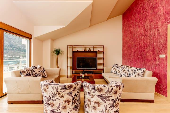 Kotor Luxury View