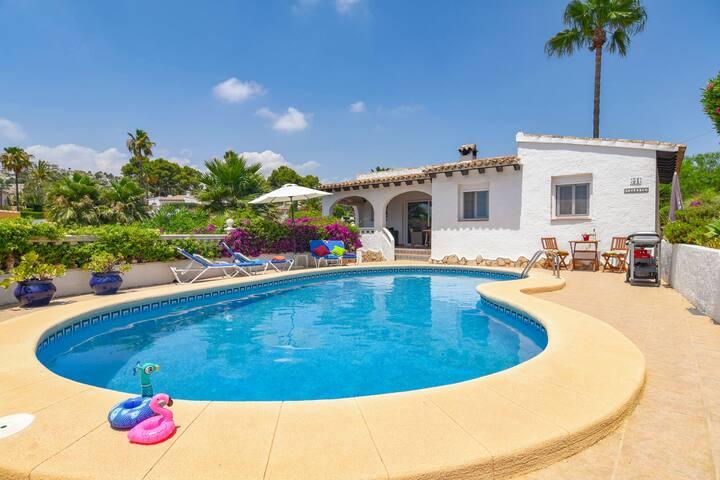 Villa Celeste met privé zwembad nabij Moraira.