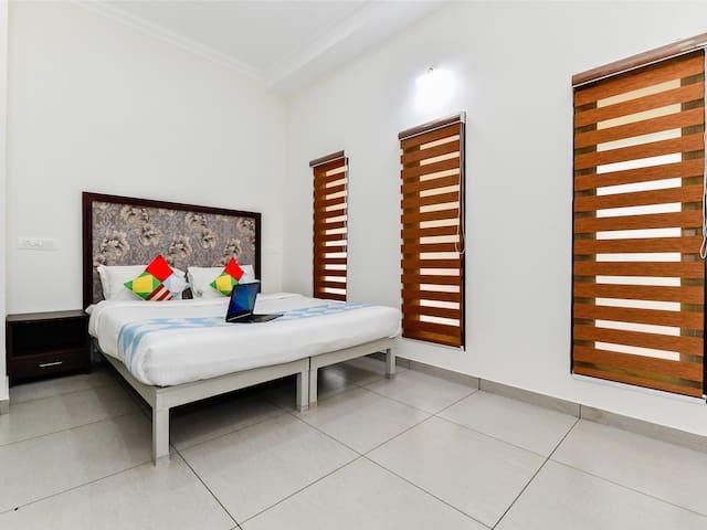 Elegant 1BHK Homestay in Punnamada, Alappuzha - Sale!