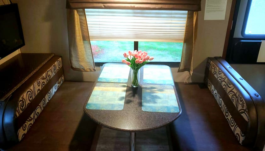 Spacious 32 ft camper in the heart of VA Beach!