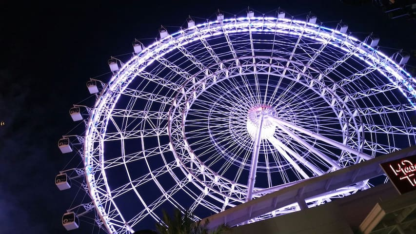 The Orlando Eye is only 8 miles away!