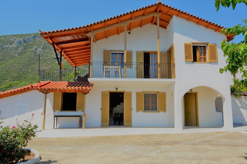 Pera Melana residence