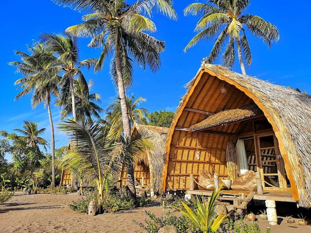 Coconut Beach Maumere Family 8 adult