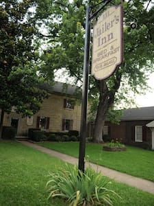Jailer's Inn Bed and Breakfast - Bardstown
