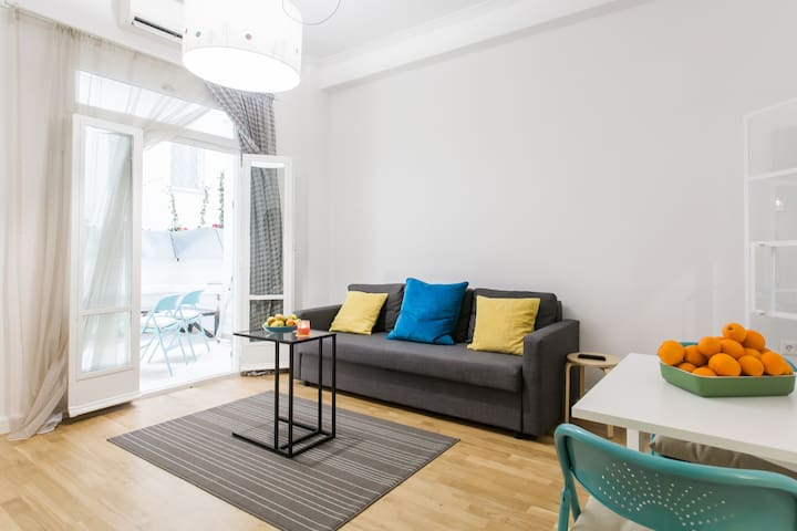LargeBeautifulVeryCleanCentral Flat - Athens  - Apartment