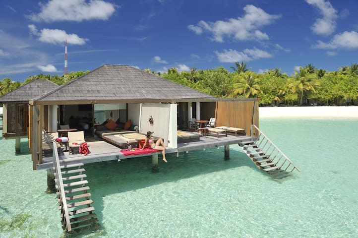 PARADISE ISLAND WATER VILLA-FULL BOARD