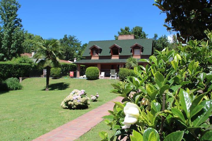 La casa de los abuelos -Villa San Lorenzo - Salta