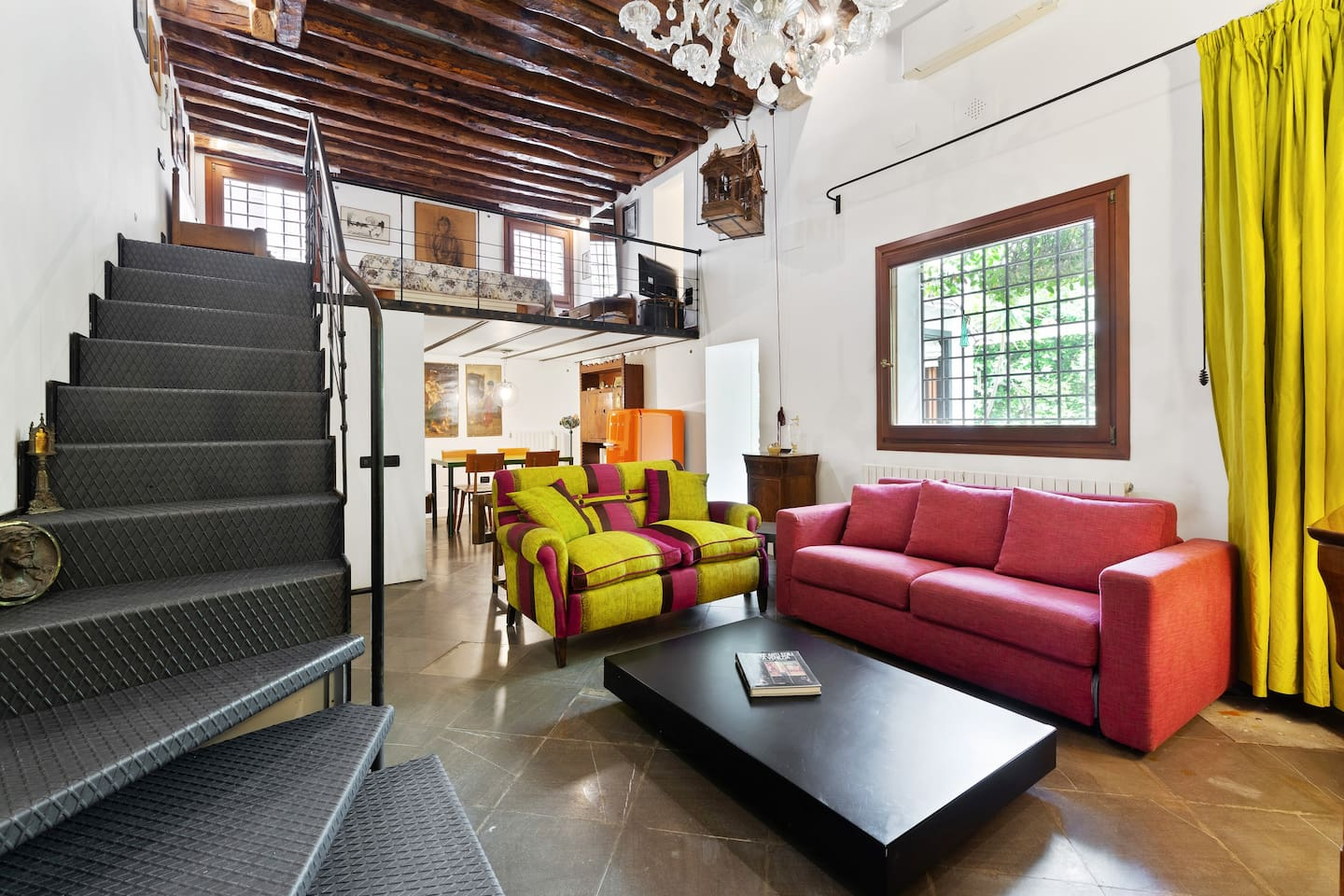 The perfect Open Space with soft sofas
