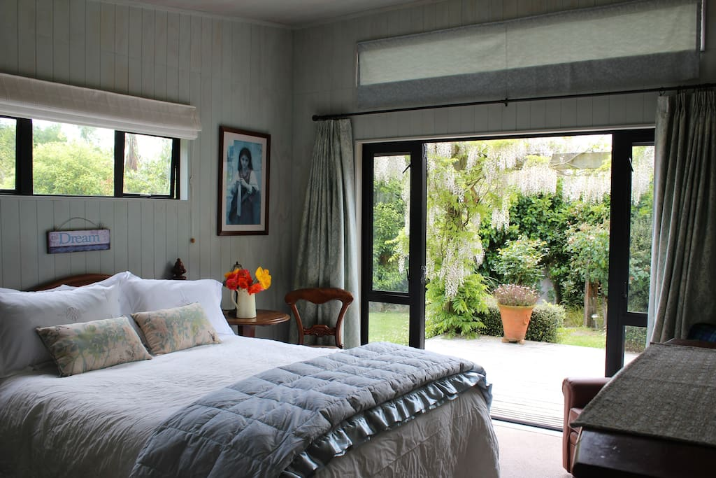 Private Bedroom,opens directly, on to the deck!