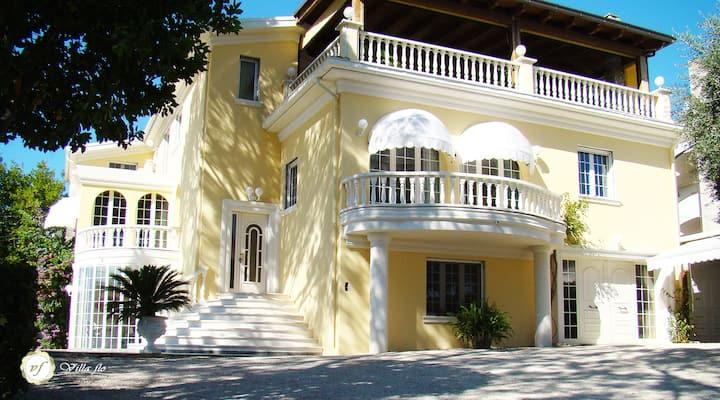 Appartamento 4 Villa Flo Residenza di Charme