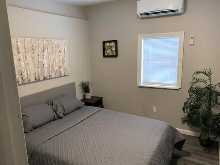 Modern Private Room 10 mins from Jim Thorpe (R2)