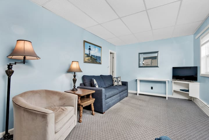 Old Orchard Beach Oceanside Apartment
