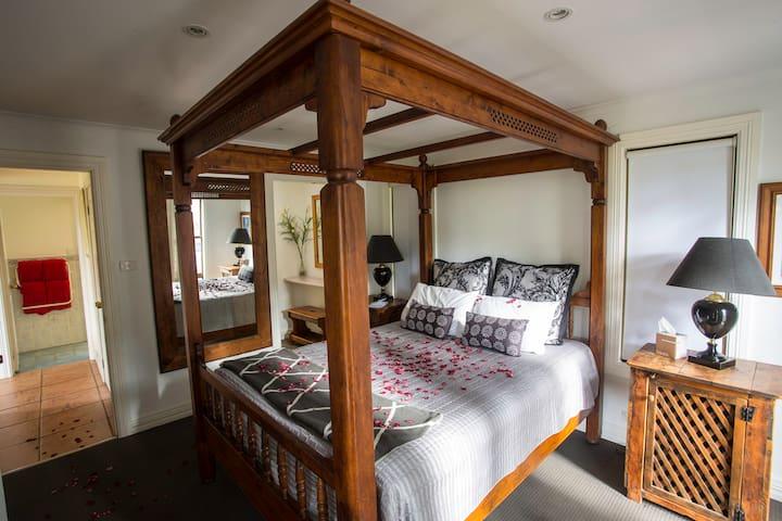 Kirawa Spa Cabin @ Cabins in the Clouds - Vacy - Casa de campo
