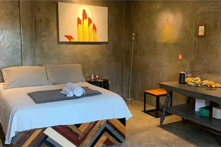 Mexican Studio w/Priv Terrace 9 Breakfast Included
