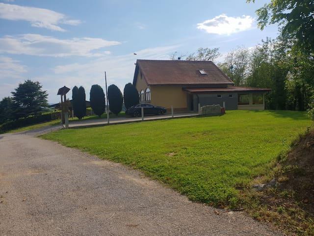 """Ruralna kuća za odmor """"Golub"""""""