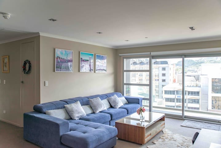Central City Wellington Modern Apartment