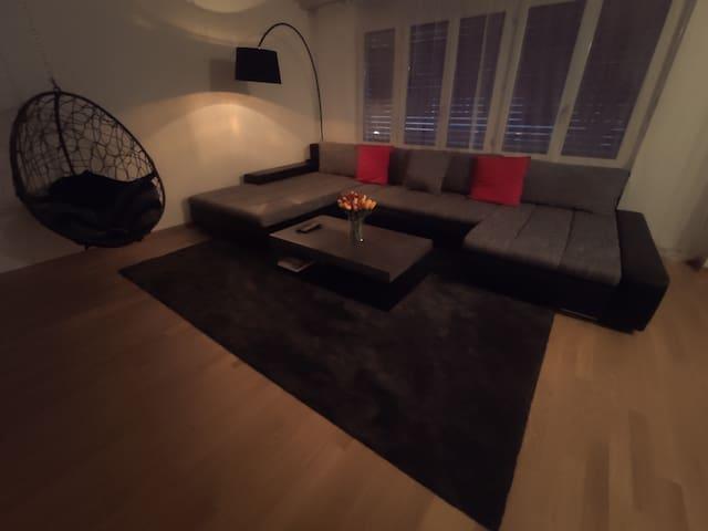 Sunny apartment in quit location