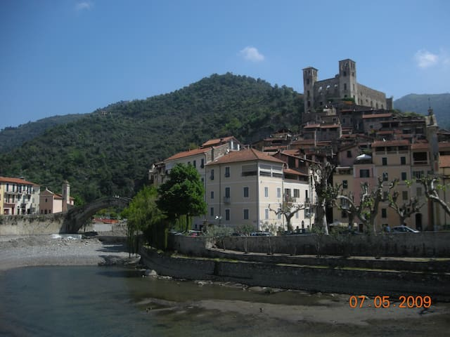 FARM HOLIDAYS, CHARME AND RELAX IN DOLCEACQUA - Dolceacqua - Apartment