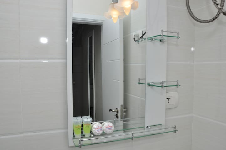 All Rooms Bathroom