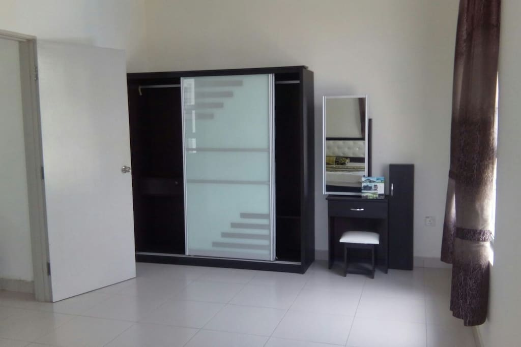 with wardrobe & dressing table