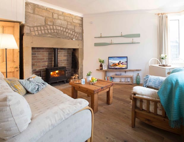 Cosy Cottage in Amble, on the Northumberland Coast
