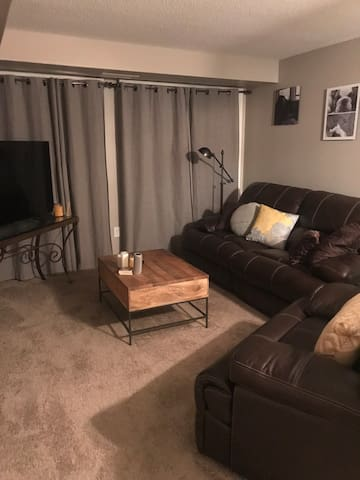 Location! 1 mile from State Fair, 15 mins downtown