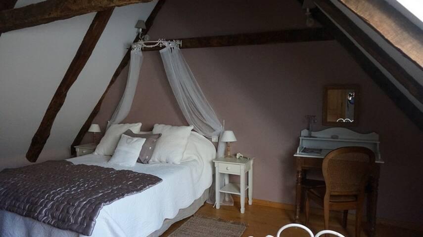 Chambre de charme : La Châtaigneraie en Aveyron