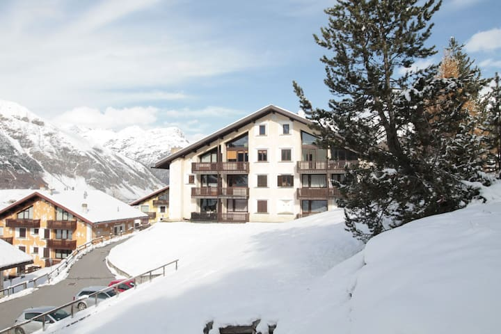 Amazing Holiday Home in Livigno near Ski Lift and Ski Area