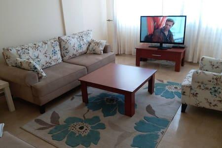 Комфортабельная 4 х комнатная квартира у моря