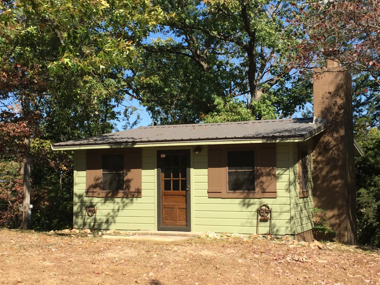 ok casitas on grand the rentals cabins lake auction egretcabinimage cabin at