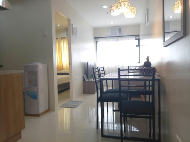1 Bedroom  Furnished Condo at Midpoint Residences